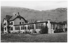 Oris opens its own electro-plating factory, Herbetswil 1925 – 1978.